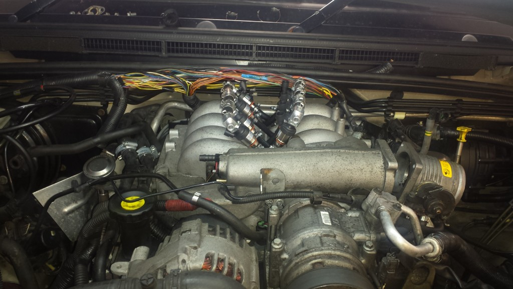 Land Rover Discovery Injectors installed ready for wiring