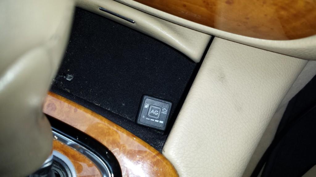 Mercedes S 350 LPG switch